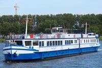Mit Rad und Schiff - MS Angela Esmee
